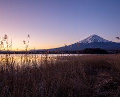 朝陽と富士山