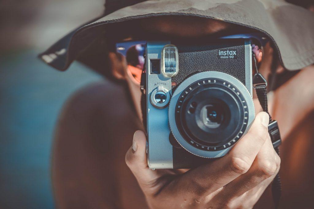 インスタントカメラ